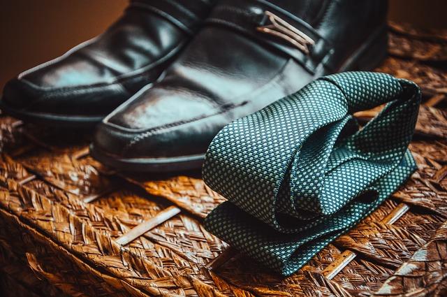 boty u kravaty