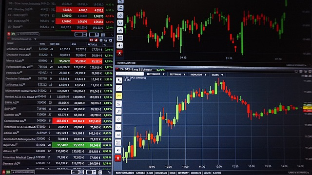 Jak koupit akcie? A který akciový broker je nejlepší?